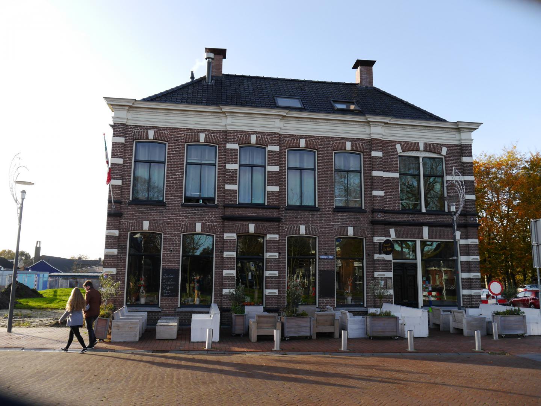 Hoofdstraat 2-4, Hoogeveen