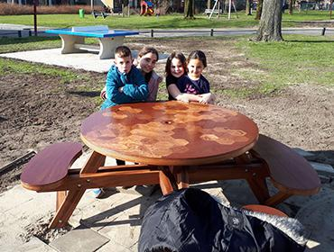 Kunstwerk Picknicktafel