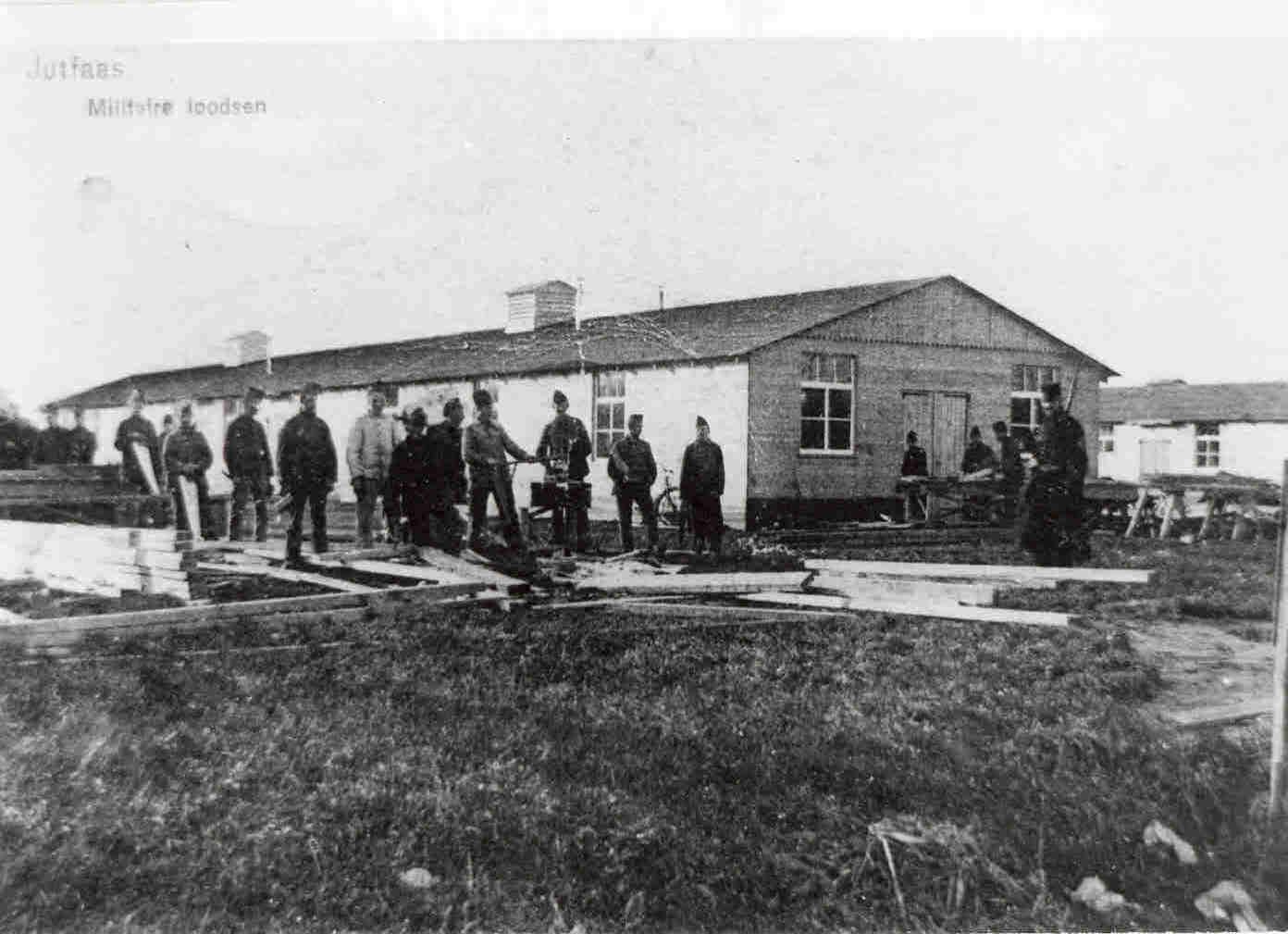 De barakken op het Drillenveld.