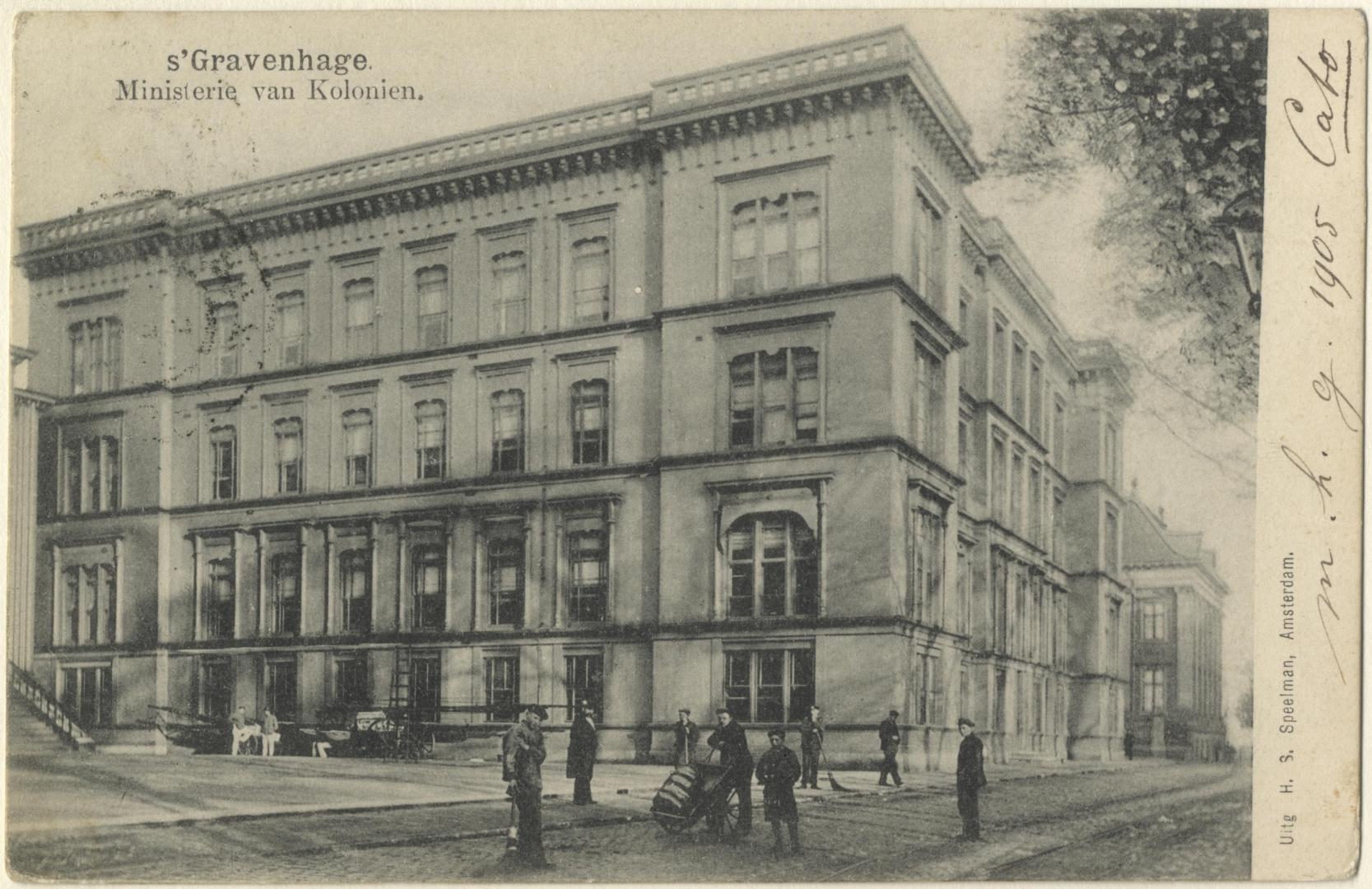 Voorzijde Ministerie van Koloniën in 1904