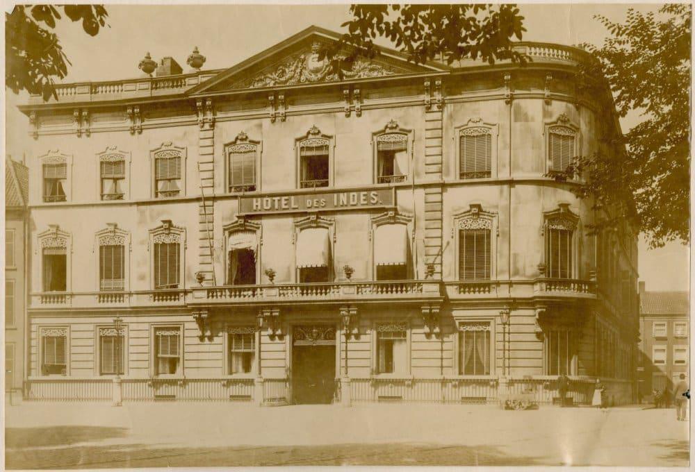 Hotel Des Indes circa 1900