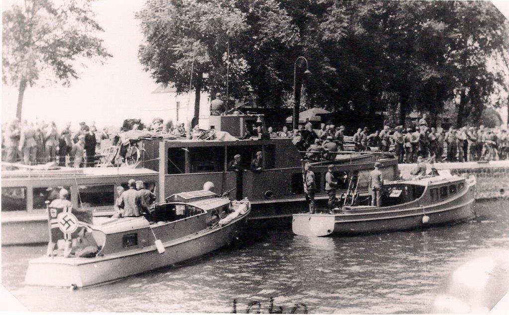 De eerste Duitsers zetten voet aan wal in Vreeswijk.