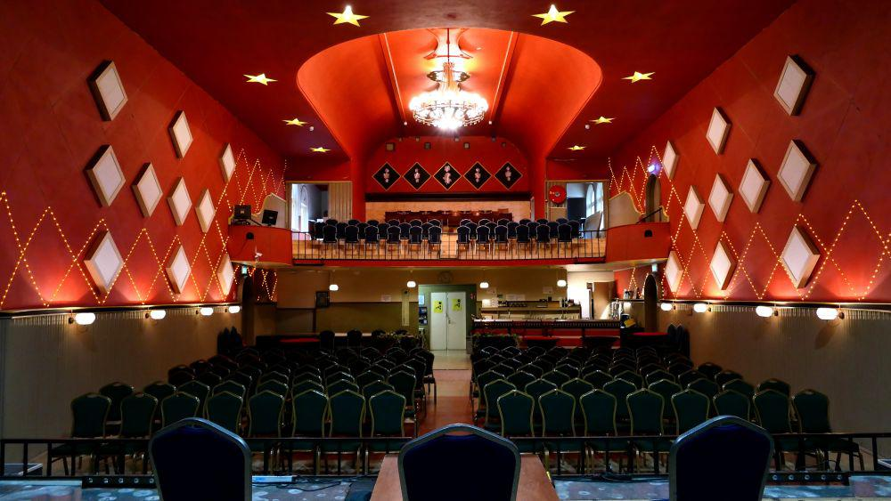 Theaterzaal in ''de Cantine''