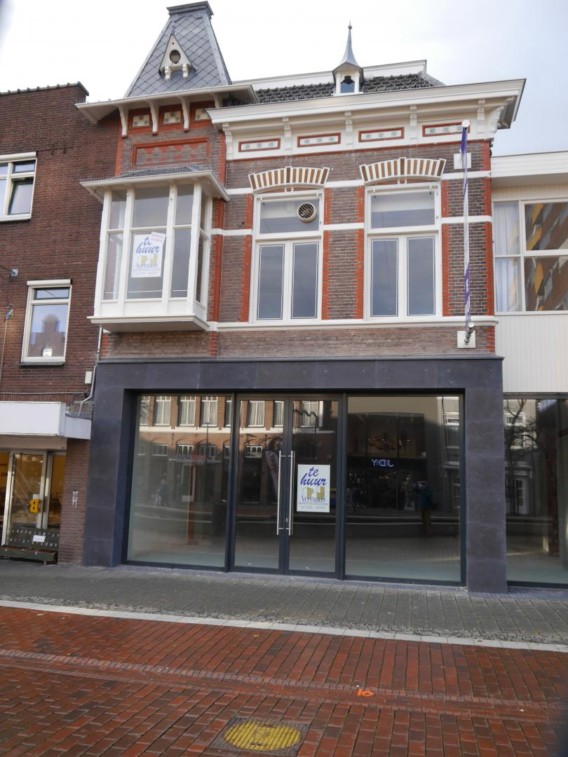 Hoofdstraat 170, Hoogeveen